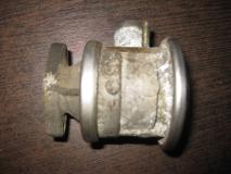 Клапан рециркуляции выхлопных газов Opel Vectra B