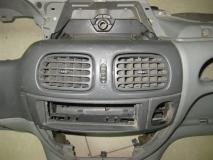 Торпедо (низ) Renault Scenic 1999-2002