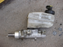 Цилиндр тормозной главный Renault Scenic 1999-2002