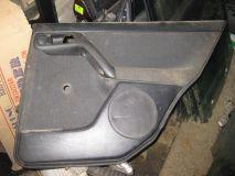 Обшивка двери задней правой VW Golf III