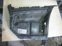 Направляющая заднего бампера правая BMW 3 E92