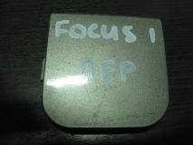 Заглушка буксировочного крюка передняя Ford Focus I