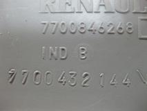 Накладка порога передняя правая - Renault Scenic 1999-2002