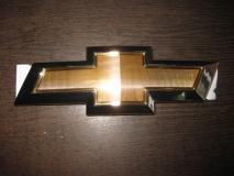 Эмблема решетки радиатора Chevrolet Aveo T300