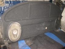Полка задняя Audi 80 B3