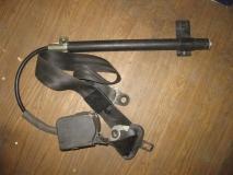 Ремень безопасности правый с пиропатроном VW Passat B4