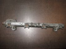 Рейка топливная (рампа) Mitsubishi Galant EA