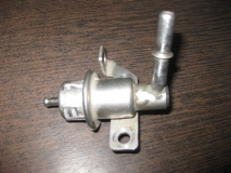 Регулятор давления топлива Ford Focus I