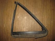 Уплотнитель форточки левой Mazda 6 GG