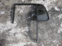 Стекло двери задней левой (форточка) Ford Explorer