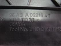 Решетка под лобовое стекло правая Ford Focus I