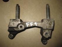Кронштейн опоры двигателя правый Ford Focus I
