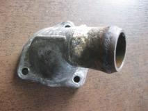 Фланец двигателя системы охлаждения Ford Focus I