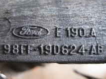Кронштейн кондиционера - Ford Focus I
