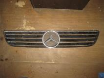 Решетка радиатора Mercedes Benz W638