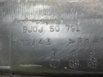 Планка под лобовое стекло Mazda 323 BJ