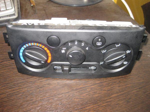Блок управления печкой Chevrolet Aveo (T200). интернет магазин